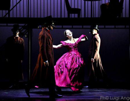 Lucia Lavia è Madame Bovary al Teatro Franco Parenti di Milano