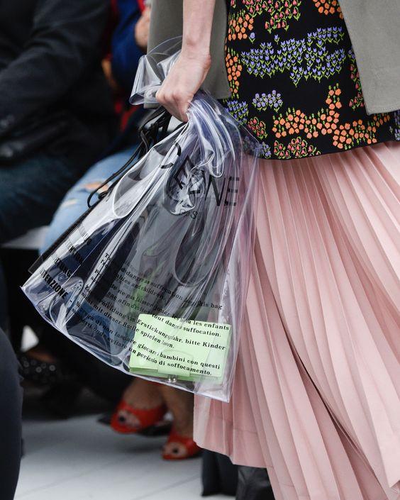 accessori primavera estate 2019 _ Acne plastic bag