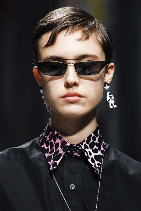 accessori primavera estate 2019 _ prada sunglasses