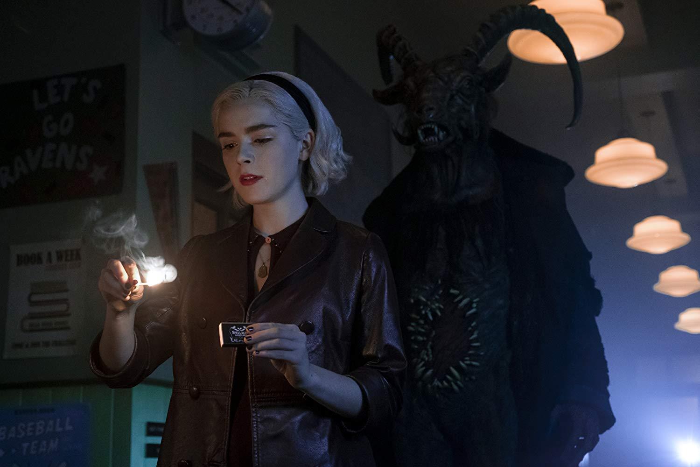 Sabrina e L'Oscuro Signore in una scena di Le Terrificanti avventure di Sabrina parte 2