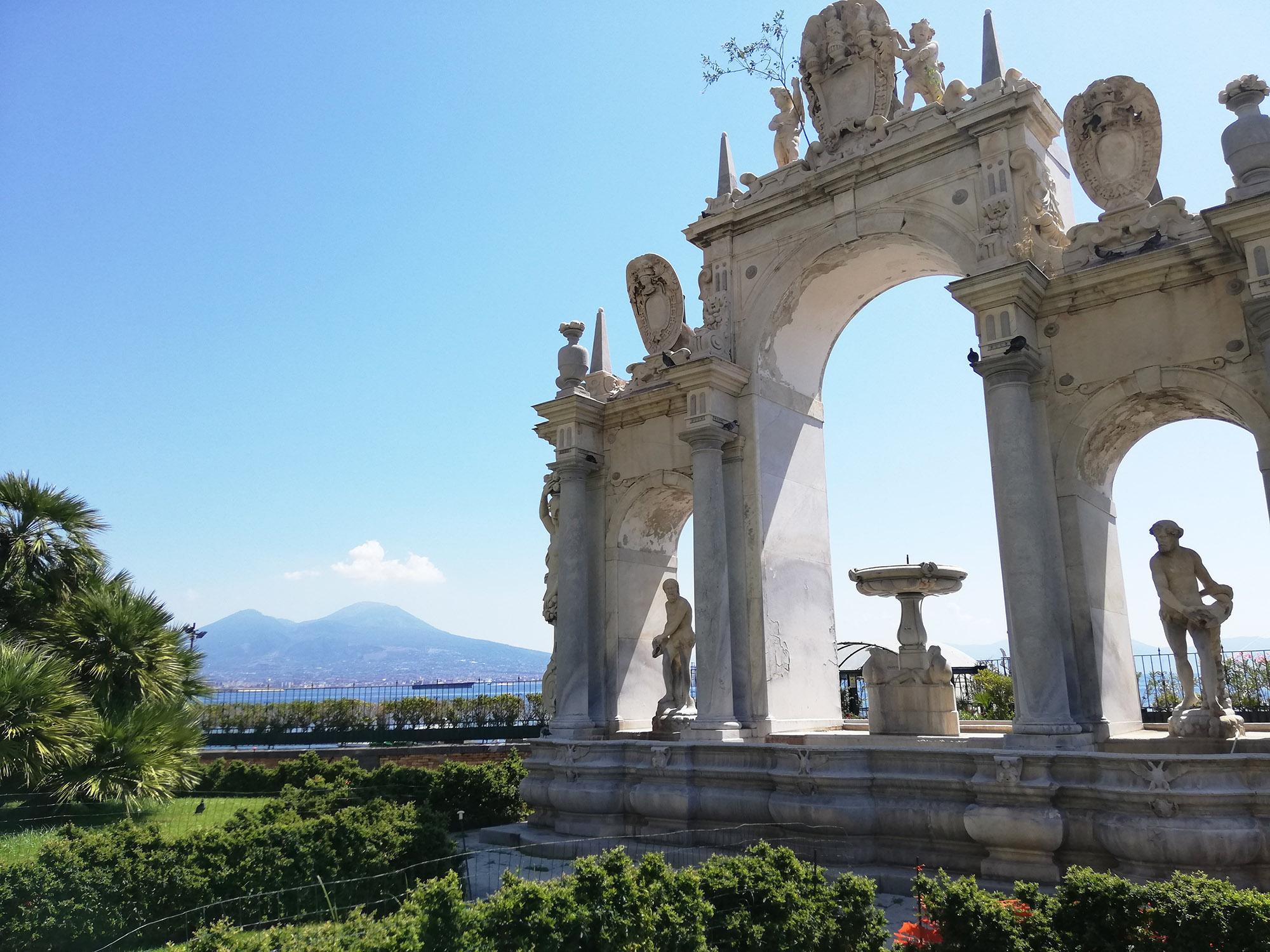 Napoli in cinque giorni